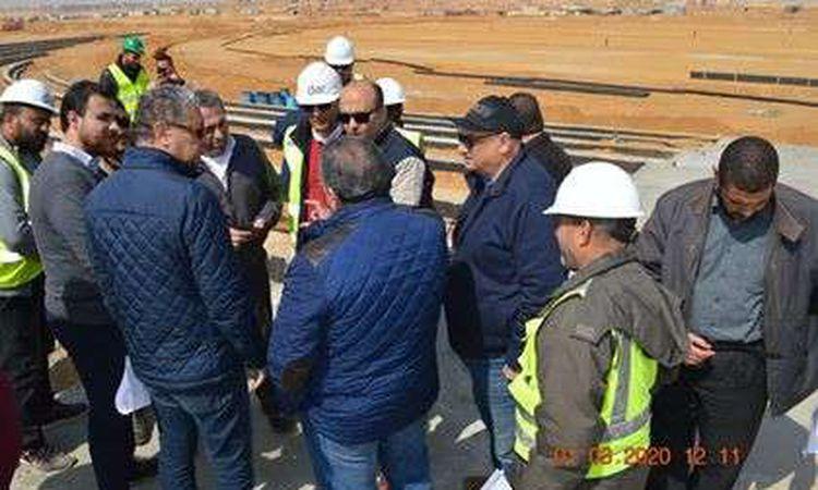 نائب وزير الاسكان يتفقد مشروعات العاصمة الادارية الجديدة