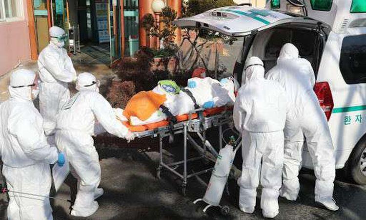 الصين تسجل 12 إصابة بفيروس كورونا