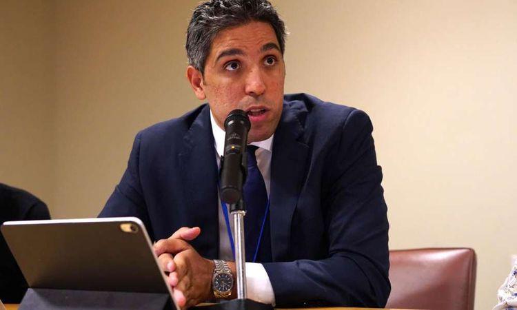 احمد رياض مؤسس مبادرة معا نستمر