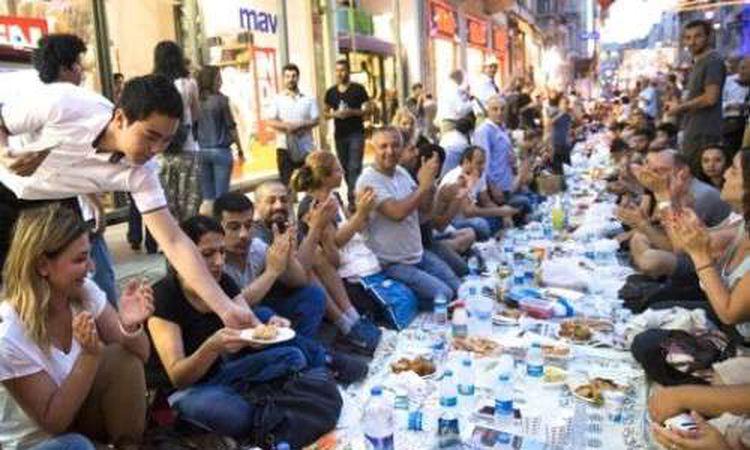 موعد اذان المغرب يوم ٣٠ رمضان