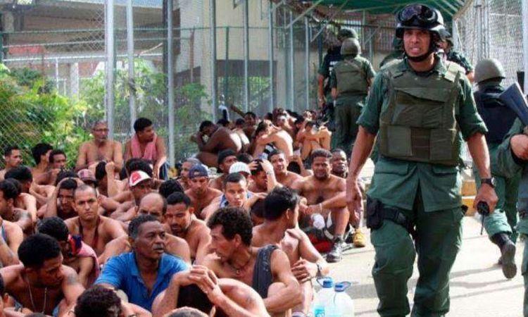 جنود في فنزويلا