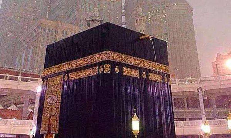 سقوط أمطار على مكة المكرمة