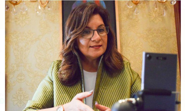 وزيرة الهجرة خلال حوارها على الانستجرام مع مباشر مع عادل