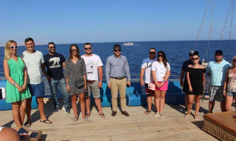 وزير السياحة في شرم الشيخ