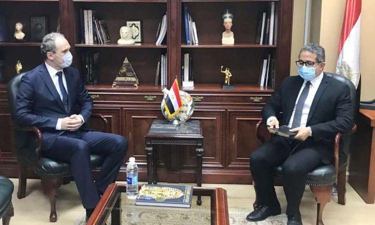 وزير السياحي والآثار مع سفير دولة أوكرانيا