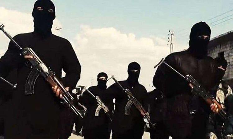 عناصر من تنظيم داعش الإرهابي