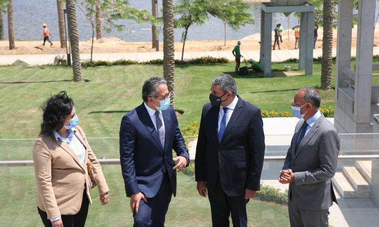 وزير السياحة والآثار والأمين العام لمنظمة السياحة العالمية يزوران المتحف القومي للحضارة المصرية