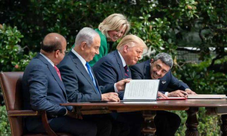 صفقة السلام بين الامارات واسرائيل والبحرين