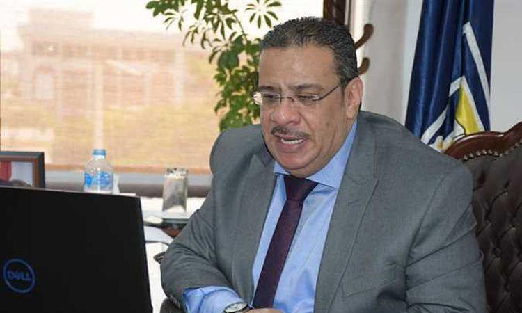 أحمد حسن رئيس جامعة قناة السويس