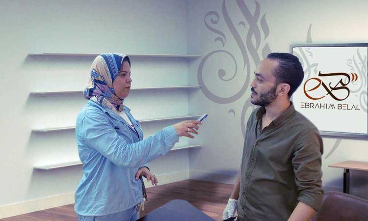 النحات البحرواي على سن القلم الرصاص ومحررة اهل مصر